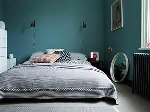 1001 idees pour une chambre bleu canard petrole et paon With tapis design avec housse canapé bleu canard