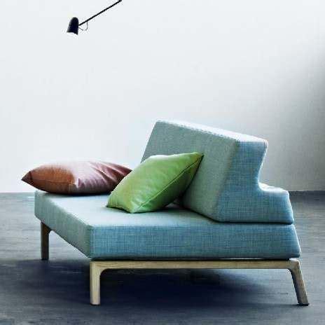 transformer un lit en canapé le canapé lit lazy un sofa convertible en lit en