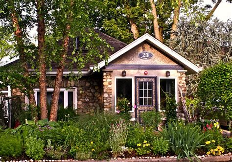 Green Country Cottage For Sale Just North Of Nyc In