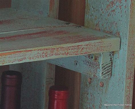 Pallet Bookshelf & Crafting With
