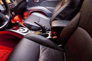 2011 Outlander Installed With Katzkin Leather Interior  Pioneer Avic Z14  U0026 Led Lights