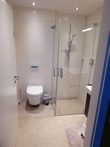 Wc Dusche Test : g ste wc gestaltung modern mit mosaik boden raum und ~ Michelbontemps.com Haus und Dekorationen