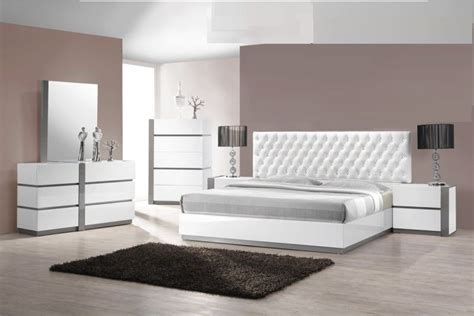 queen size bedroom pc bed white finish hot sectionals