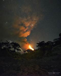 Chasing the eruption of Volcán de Fuego | Today's Image ...