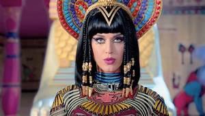 Katy Perry – Dark Horse Music Video 01 | Scopecube