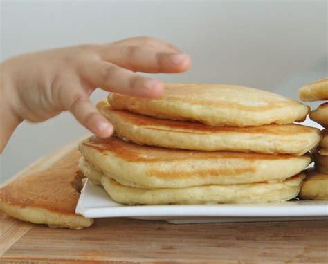 easy pancakes fluffy buttermilk pancakes recipe divas can cook