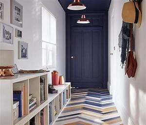 accentuer l39effet de profondeur dans ce couloir la porte With couleur pour couloir sombre 0 un couloir noir par a part ca