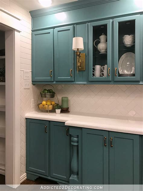 finished   kitchen  kelly green  teal