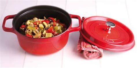 cuisiner avec une cocotte plat en cocotte comment les cuisiner facilement
