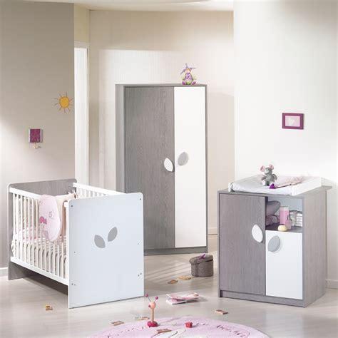 chambres de bébé rangement chambre bebe