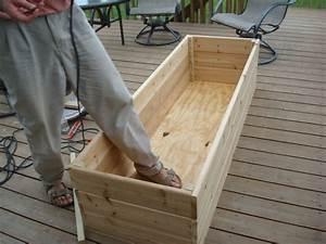 Vegetable garden on the deck you bet my northern garden for Deck garden box