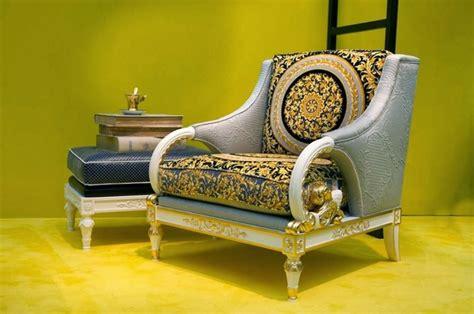 marque de canapé italien meuble versace et accessoires de la marque pour la maison