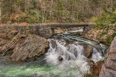 The Sinks Smoky Mountains Location by Smoky Mountains Sinks Waterfall Is Located On State