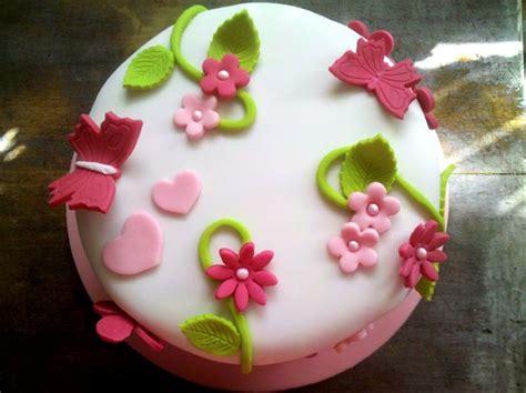 gateau pate  sucre cupcake  gateaux de fete pinterest