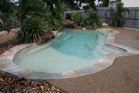 form swimming pool rockpool  narellan pools