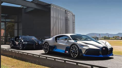 Not too much is broadcasted about this revered beauty since all models were presold before the divo actually hit the market. The Bugatti Divo Million dollar option | Bugatti ...