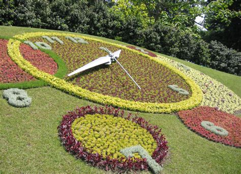 Geneva Flowers 17 a clock with a difference lemonicks le monde the