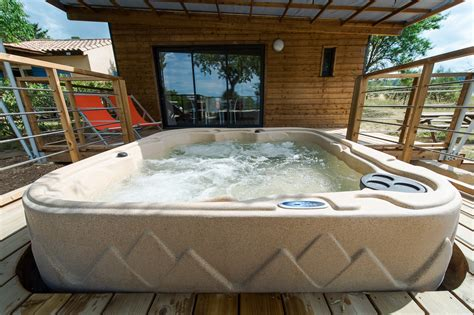 hotel chambre avec privatif chalet luberon avec cing les hautes prairies luberon vaucluse lourmarin 84