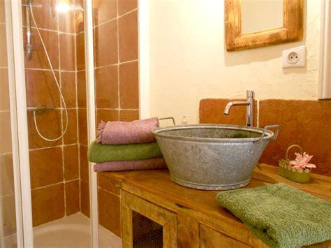 chambre humide que faire salle de bain humide que faire dootdadoo com idées de