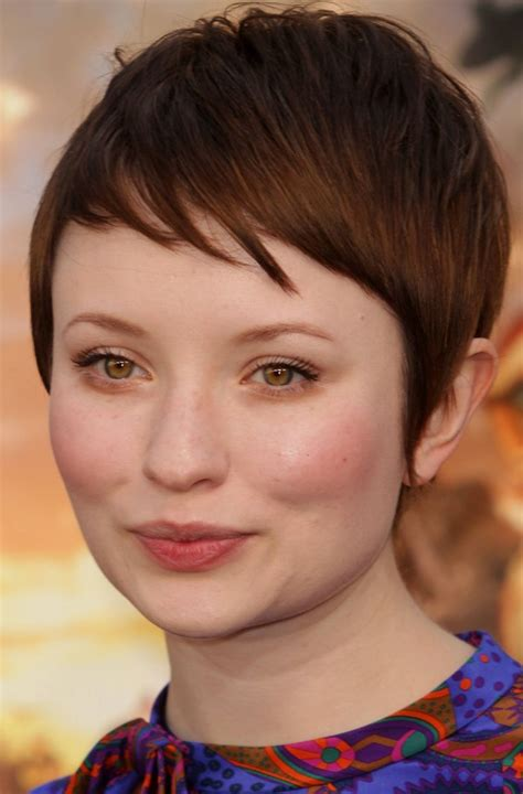 stylish short hairstyles  chubby face cinefog