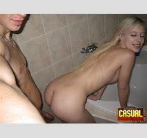 Casual Teen Sex Bathroom Amatuer Sex At Amateurindex Com