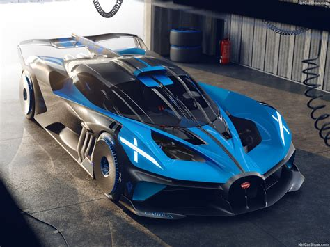 Luxury, history, power, and presence all in one. 2020 - BUGATTI Bolide concept