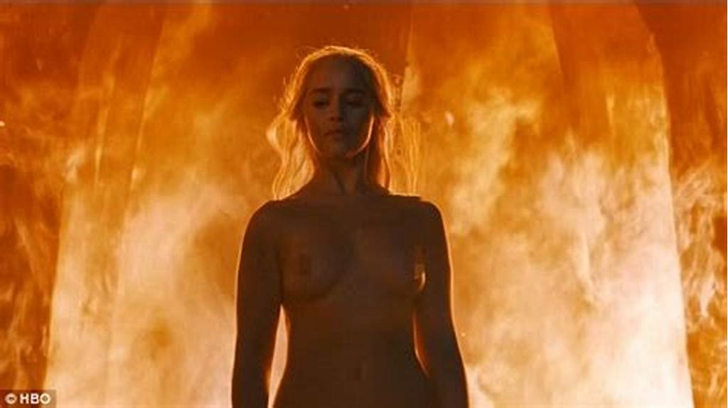 #Game #Of #Thrones' #Emilia #Clarke #Reacts #To #Her #Spectacular