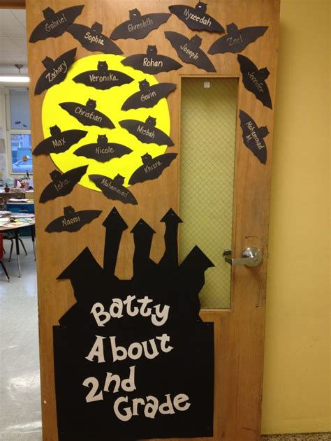 drug  door decorations   batty   drug  bats pinterest class door