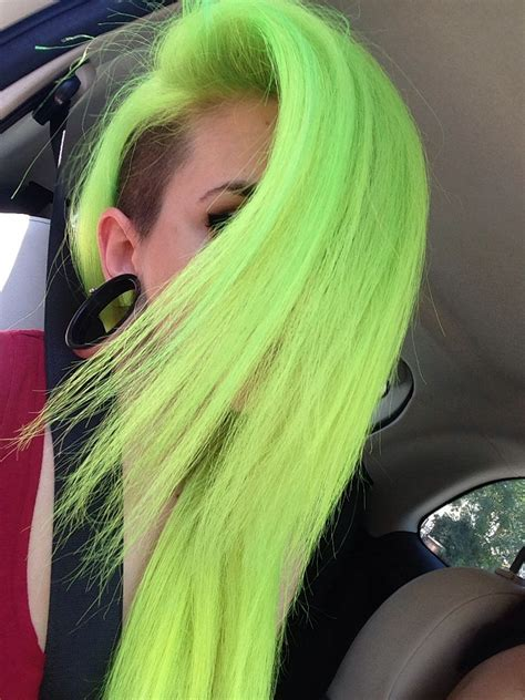 awesome neon hair  electric lizard  electric banana