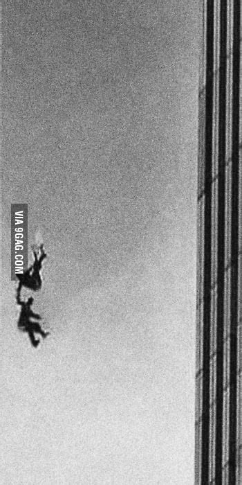 911 Two People Holding Hands After Jumping 9gag