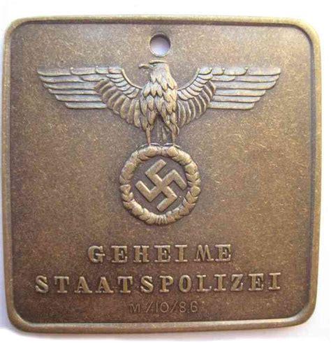 gestapo green police badge