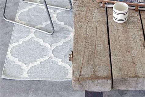 tapis en coton gris clair blanc