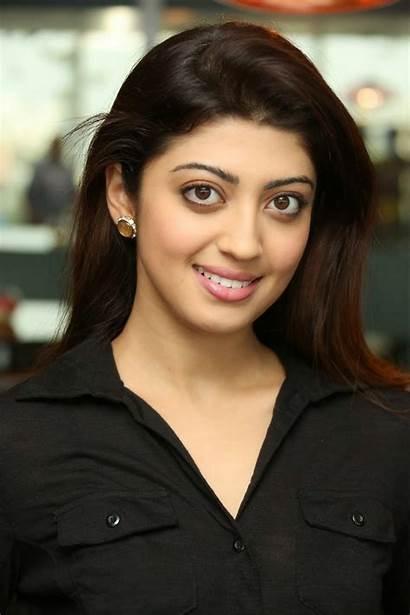 Pranitha Subhash Latest Wallpapers Stills Actress Cinespot