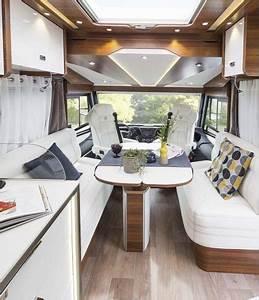 Le Camping Car : camping cars le voyageur un int rieur au service de votre confort ~ Medecine-chirurgie-esthetiques.com Avis de Voitures