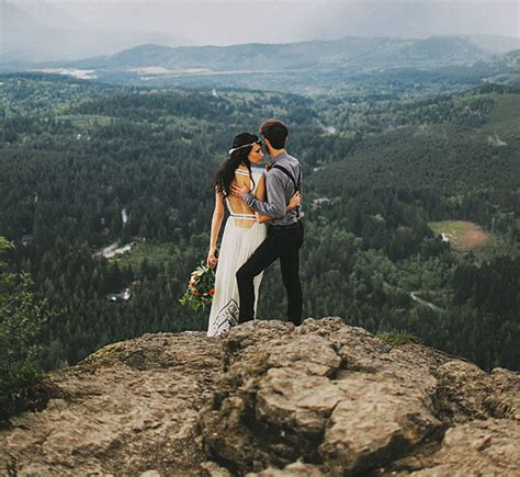 what does elope 25 jaw dropping spots that will make you want to elope green wedding shoes weddings fashion