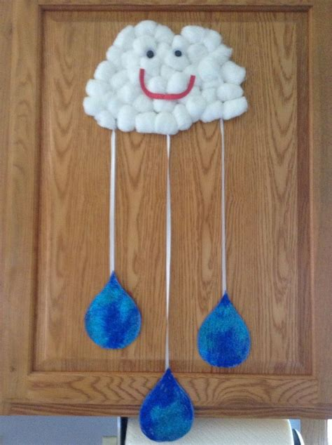 projects for pre schoolers learning about the weather 324 | 71fe3174b3722453aa505ddd8116fad1 weather crafts preschool preschool seasons