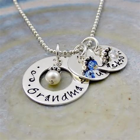 grandmother personalized necklace traumspuren