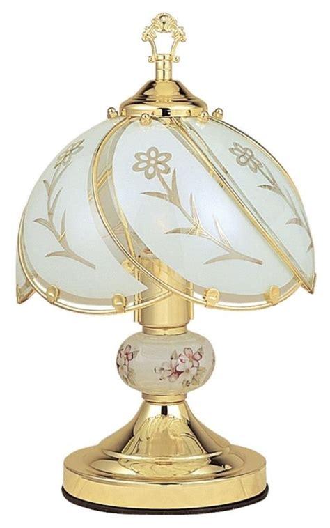 Tempur Pedic Ergo Premier Headboard Brackets by 19 Stylish Ways To Decorate With Antique Lamplight