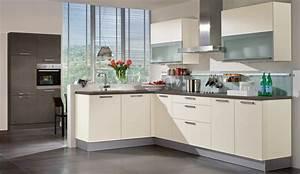 Wandfarbe Küche Trend : trend einbauk che alba magnolie k chen quelle ~ Markanthonyermac.com Haus und Dekorationen
