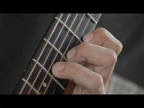 play  minor chord youtube