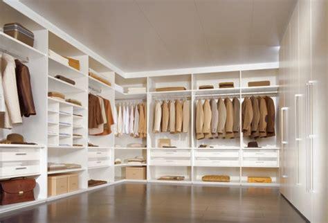 Das Ankleidezimmer Moderne Wohnideenankleideraum In Weiss by Luxus Begehbarer Kleiderschrank 120 Modelle Archzine Net
