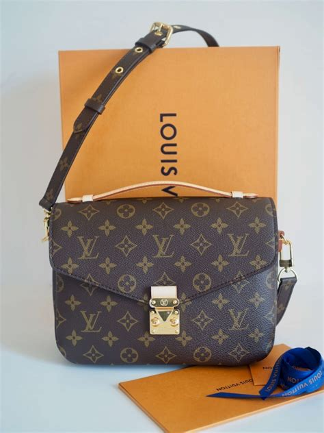 bag louis vuitton pochette metis monogram canvas mm vintage unitedcom