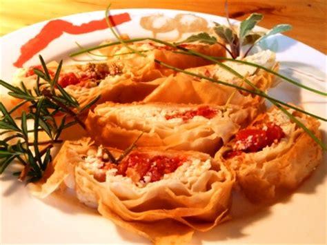 recette entree pate filo rouleau au fromage ricotta tomates et 233 pices en p 226 te phyllo dans notre maison
