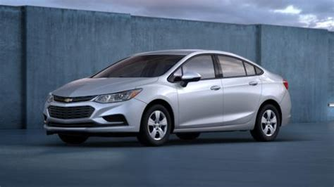 2016 Chevy Cruze L by The 2016 Chevy Cruze Trims Enthrall Ta And Sarasota Drivers