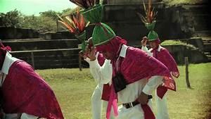 Ballet Folkl U00f3rico Nacional De El Salvador - Los Emplumados De Cacaopera