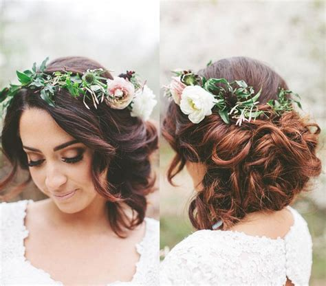wedding hair with flower crown 27 oosile