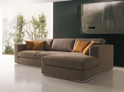 Divano In Pelle O In Tessuto : Modern Corner Sofa, In Fabric Or Leather, For Sitting