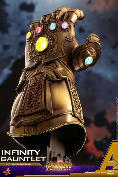 hot toys infinity gauntlet  scale replica   order