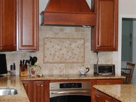 lights for kitchen cabinets best 25 travertine tile backsplash ideas on 9024