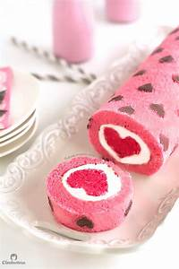 """""""Love is All Around"""" Cake Roll Cleobuttera"""